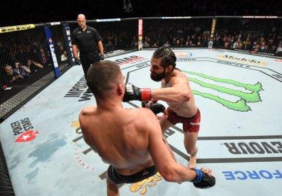 İlin ən baxımlı MMA nokautları - VİDEO