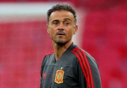 Главный тренер сборной Испании отказался от 25% зарплаты