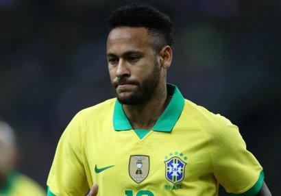 Braziliyalı futbolçu Neymarı tənqid etdi: