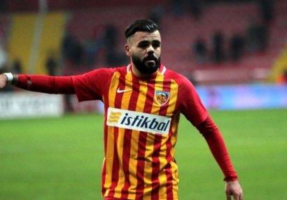 Türk futbolçu Azərbaycan millisindən imtina etdi