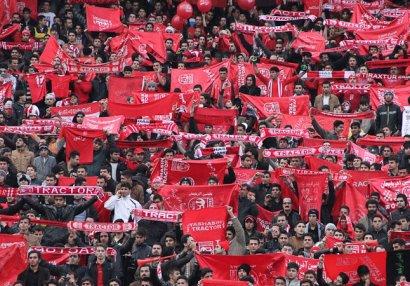 Təbriz klubları İran çempionatının ləğvini tələb edir