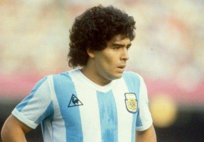 Aquerodan qərəzli seçim: Maradonanı 5 ən yaxşıdan biri saymır