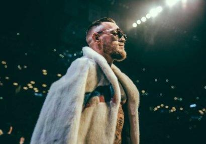 Makqreqor yenidən boks rinqində: Oskar De La Hoya ilə döyüşə razılıq verdi