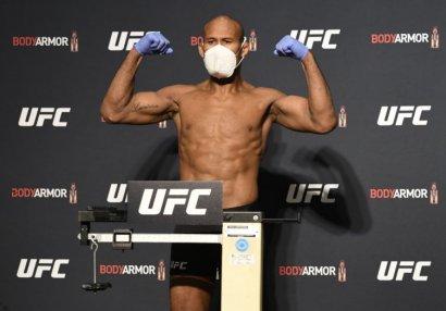 UFC döyüşçüsü koronavirusa yoluxub