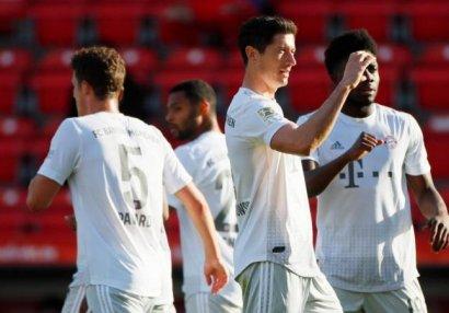 «Бавария» в гостях обыграла «Унион», «Кельн» поделил очки с «Майнцем» (ВИДЕО)
