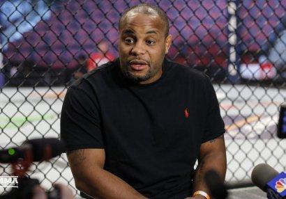 Ən yaxşı MMA döyüşçüsü kimdi? - Həbibi seçmədi