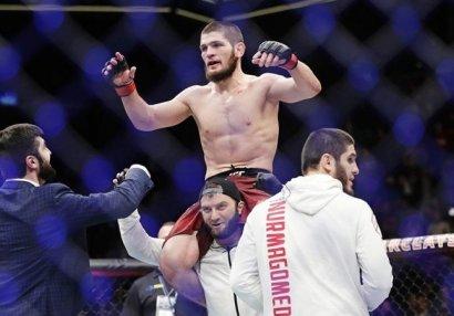 Нурмагомедов сохранил второе место в обновленном рейтинге UFC