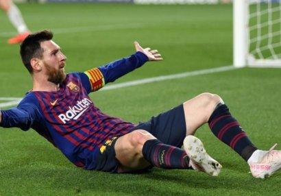 Месси – первый игрок Примеры, забивший 20 или более голов в 12 сезонах подряд