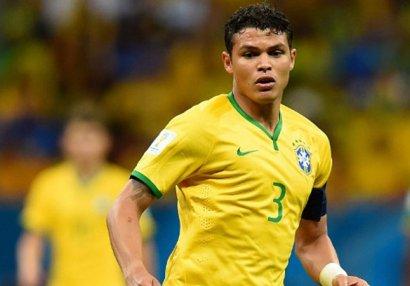 Braziliya yığmasının müdafiəçisi İngiltərə yolunda