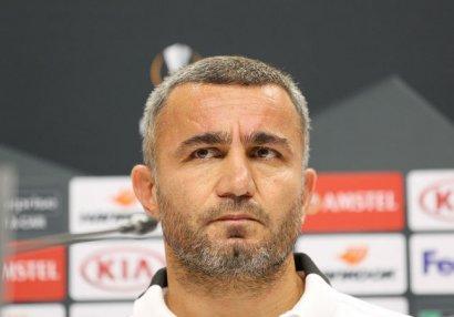 Qurban Qurbanov və oğlu mövsümün ən yaxşı futbolçusunu açıqladı