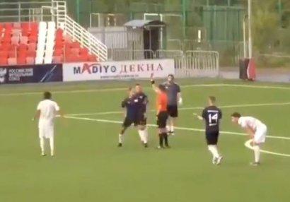 Qalmaqal: Rusiya millisinin sabiq futbolçusu hakimi döydü