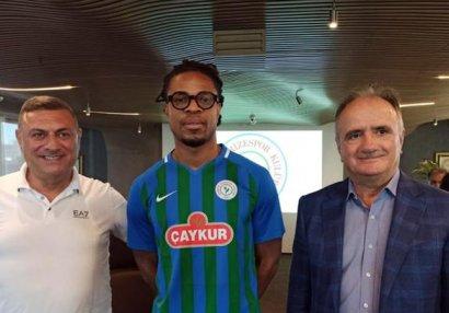 Daha bir ulduz futbolçu rəsmən Türkiyə Super Liqasında