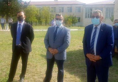 Federasiya prezidenti kənddə futbol izlədi