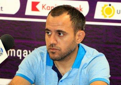 Ayxan Abbasov Xaçayevə görə millininin məşqçilərini qınadı
