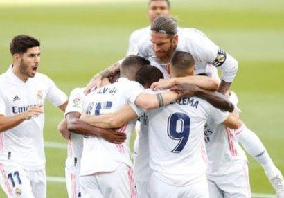 «Реал» в гостях обыграл «Барселону» в
