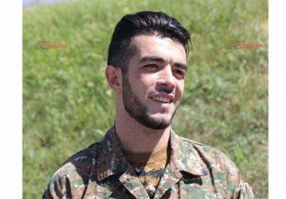 Qarabağda döyüşən erməni məşhur silahını atıb qaçdı
