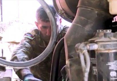 Ordumuzun qarşısında dayana bilməyən düşmən texnikalarını qoyub qaçır - VİDEO