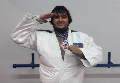 Camal Feyziyevdən Avropa birinciliyində bürünc medal