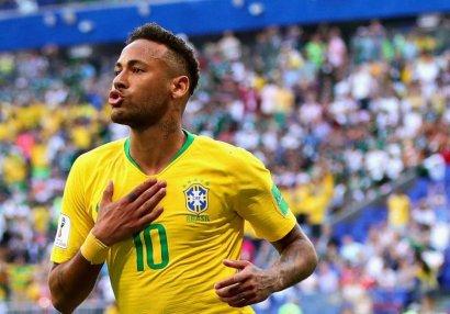 Neymar Braziliya millisinin düşərgəsini tərk etdi