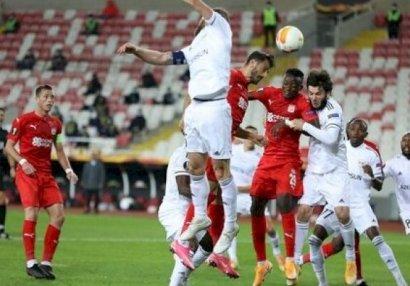 «Карабах» потерял шансы выйти из группы в Лиге Европы