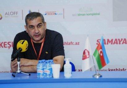 Yunis Hüseynov xəstəxanadan evə buraxıldı