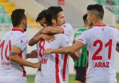 Araz Abdullayevin klubuna transfer qadağası qoyula bilər
