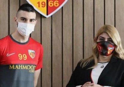 Türk klubu xorvat hücumçu aldı