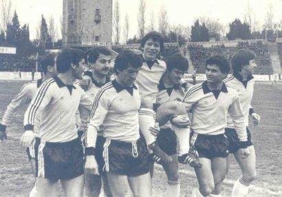 Birbaşa künc zərbəsindən qol vuran futbolçumuz