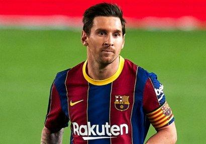Messi rəqib futbolçunu təhqir etdi