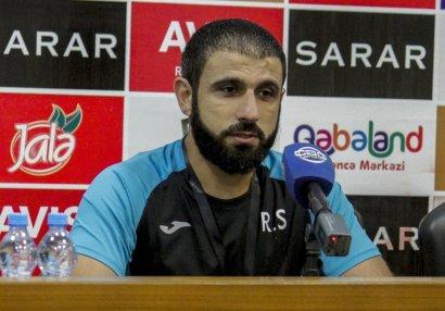 """""""Futbolçuların reaksiyası məni qürurlandırır"""" - Rəşad Sadıqov"""