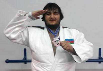 Millimiz Böyük Dəbilqəni bir medalla başa vurdu