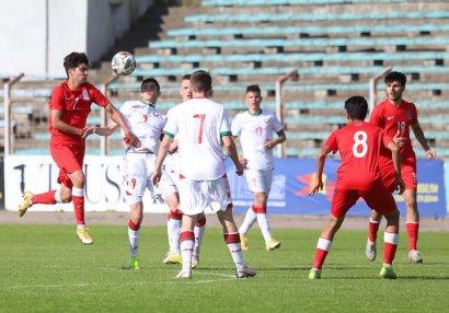 U-19 millimiz Belarusla heç-heçə etdi