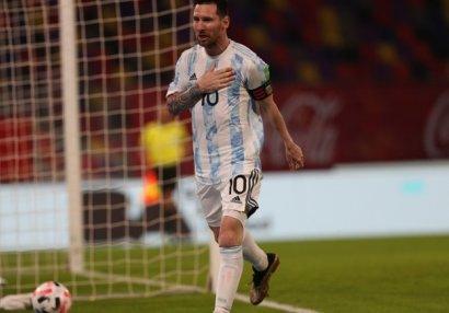 DÇ-2022: Argentinadan heç-heçə, Kolumbiyadan qələbə