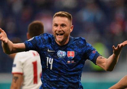 Polşa - Slovakiya matçının ən yaxşısı mərkəz müdafiəçisi oldu