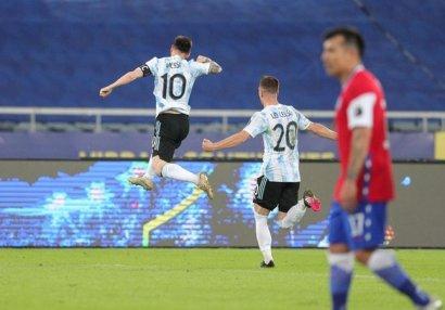 Argentina xal itirdi, Messi Batistutanı keçdi - VİDEO