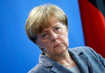 Angela Merkel AVRO-2020-ni qınadı