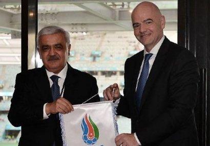 FIFA prezidenti Tovuzdakı akademiyadan danışdı