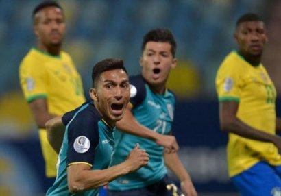Braziliya xal itirdi, lider oldu - VİDEO