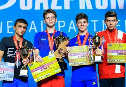 Азербайджанский боксер стал серебряным призером чемпионата Европы
