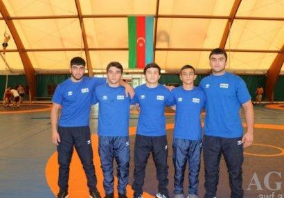 Dünya çempionatı: Üç güləşçimiz bürünc medal uğrunda yarışacaq