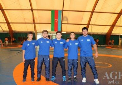 DÇ: Abdulrəhman və Yusif dünya üçüncüsü oldu
