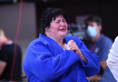 Tokio 2020: İlk medalçımızın duyğusal qələbə şərhi