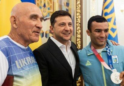Azərbaycanlı güləşçi Ukrayna Prezidentilə görüşdü