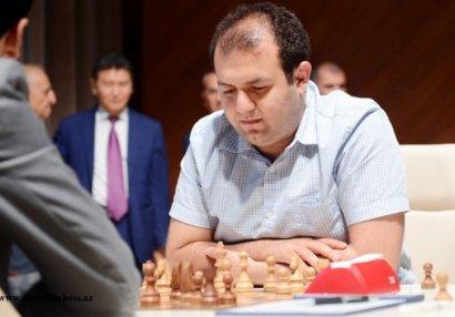AÇ: Rauf Məmmədov Fransa şahmatçısına qarşı