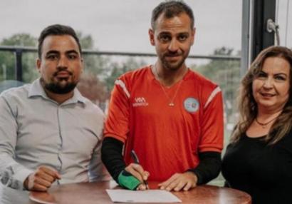 """""""Vartolu Sadettin"""" Hollandiyaya transfer oldu - FOTOLAR"""