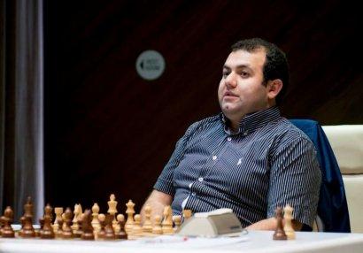 AÇ: Rauf Məmmədov Almaniya şahmatçısına qarşı