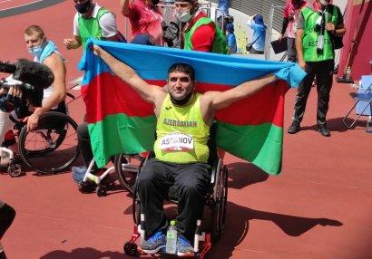 Paralimpiya çempionu: