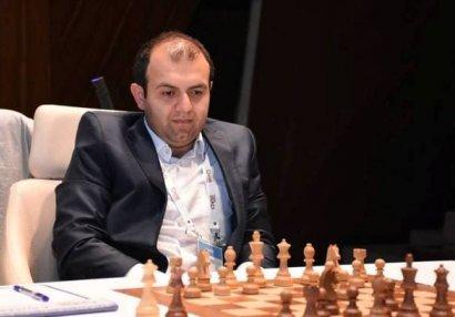 AÇ: Rauf Məmmədov Rumıniya şahmatçısına qarşı