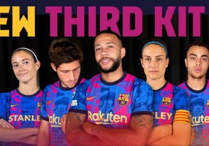 «Барселона» представила третий комплект формы на сезон-2021/2022