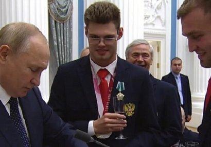 Putin paralimpiyaçının istəyinə